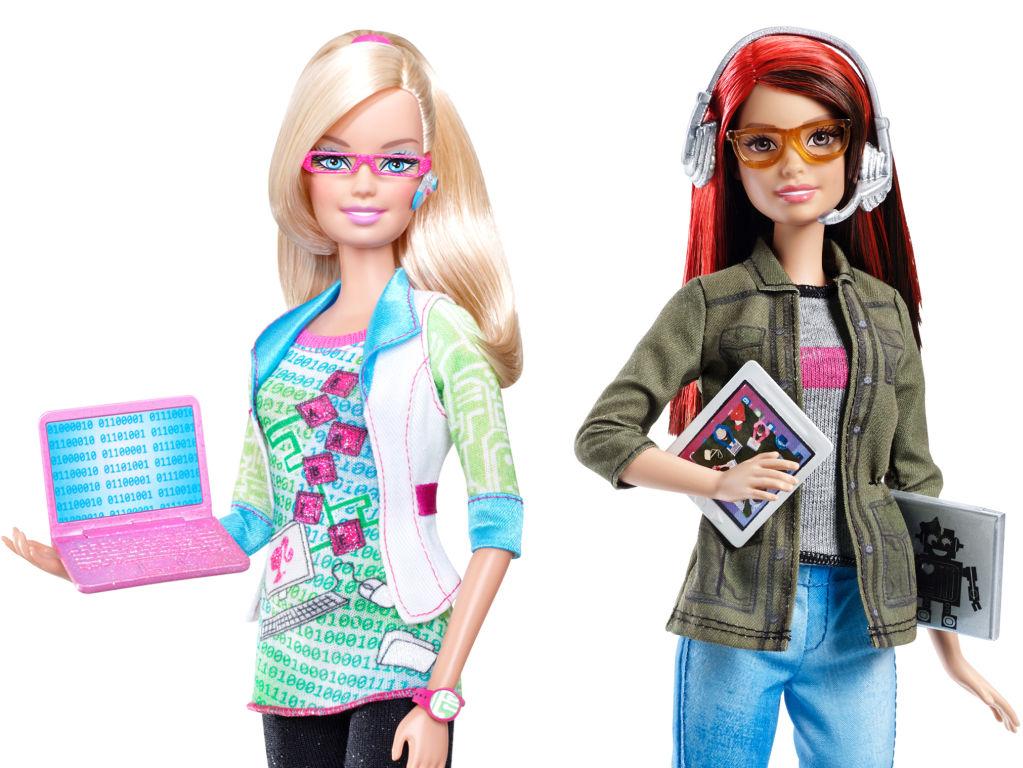 Zum Vergleich: Barbie Computer Engineer (2010) und Barbie Game Developer (2016) - Fotos: Mattel