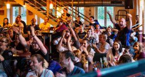 Regelmäßig veranstaltet Leipzig eSports Public-Viewing-Events bei großen Turnieren (Foto: Marco Schur /www.marcoschur.de)