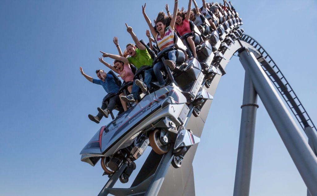 Auch bestehende Anlagen - hier der Silverstar im Europa-Park - lassen sich mit dem VR-Coaster-System nachrüsten (Foto: Europapark).