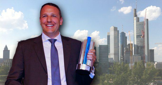 Deck-13-Gründer Florian Stadlbauer wechselt von der Games- in die Finanzwelt (Foto: Deutscher Computerspielpreis, Montage: GamesWirtschaft).