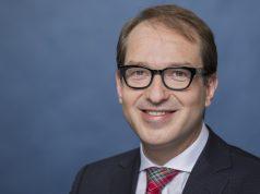 """Fordert ein """"Digitalministerium"""": Alexander Dobrindt (Foto: BMVI/Kugler)"""