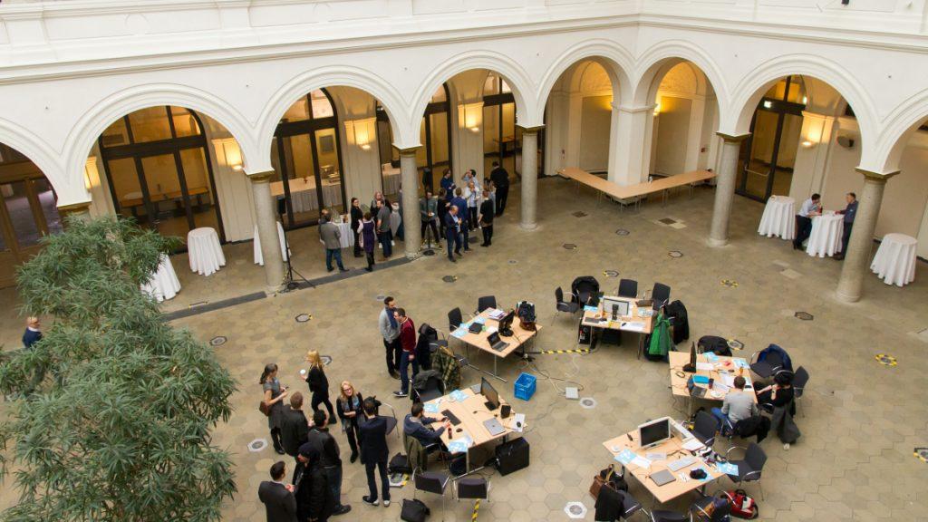 Die Jury des Deutschen Computerspielpreis 2017 tagt traditionell in den Räumen des Bundesverkehrsministeriums (Foto: BMVI)