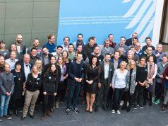 Die Mitglieder der Fachjury im Bundesverkehrsministerium bei der ersten Sitzung für den Deutschen Computerspielpreis 2017 (Foto: BMVI)
