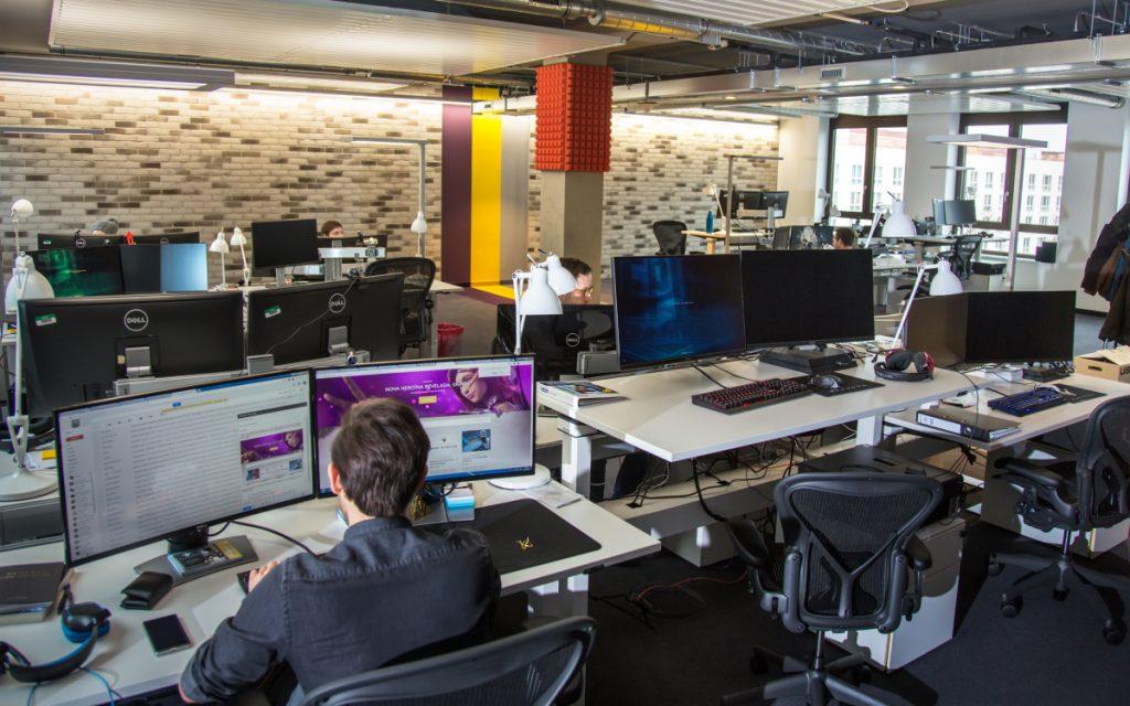 Der Kundendienst von Epic Games betreut die unter anderem die Spieler von Fortnite und Paragon (alle Fotos: Epic Games).