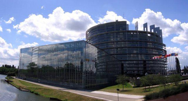 Das europäische Parlament entscheidet, wann die neue EU-Medienrichtlinie in Kraft tritt (Foto: Felix König)