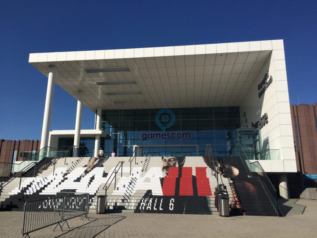 Netto-Listenpreis 39.000 Euro - so viel kostet das Bekleben der Treppenstufen am Eingang Süd der Gamescom (Foto: GamesWirtschaft)