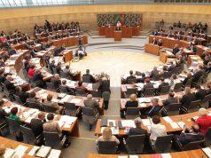 Im nordrhein-westfälischen Landtag regiert ab 2017 eine Koalition aus CDU und FDP (Foto: Landtag NRW/Bernd Schälte)