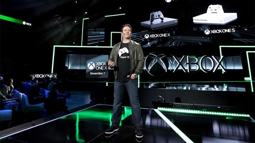 Stellte die Xbox One X gleich zu Beginn der Microsoft-E3-Pressekonferenz vor: Xbox-Chef Phil Spencer