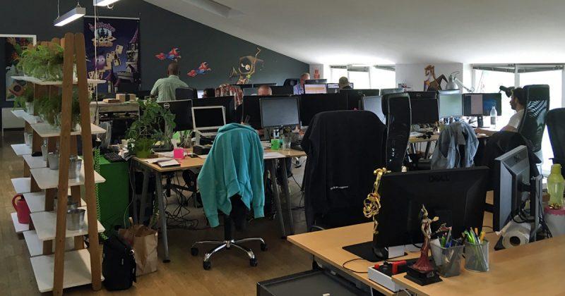Die MegaZebra-Belegschaft ist auf mehrere Großraumbüros verteilt.