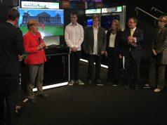 Merkel meets Minecraft: Die Bundeskanzlerin während des Gamescom-Eröffnungsrundgangs.