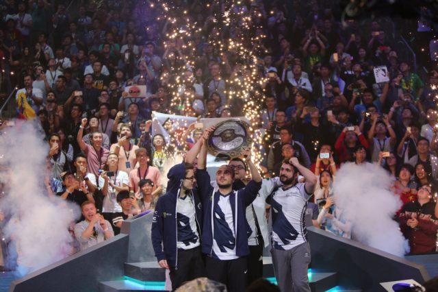 Team Liquid mit Spieler KuroKy (Mitte) gewinnt