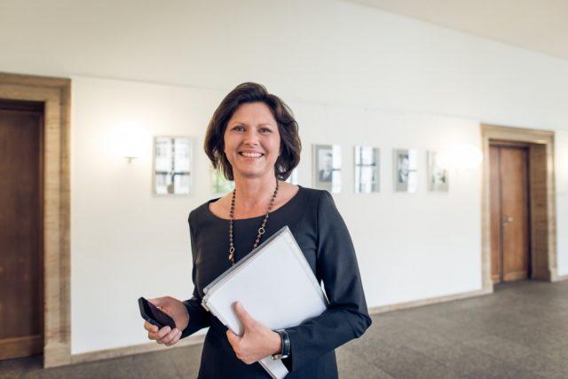 Sieht den bayerischen Games-Standort gestärkt: Wirtschaftsministerin Ilse Aigner (CSU)