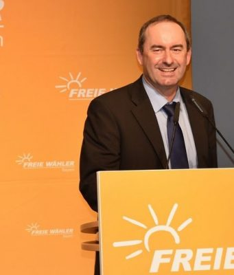 Lootbox-Debatte: Partei-Chef Hubert Aiwanger fordert eine Änderung des Jugendschutzgesetzes (Foto: Freie Wähler Bayern)