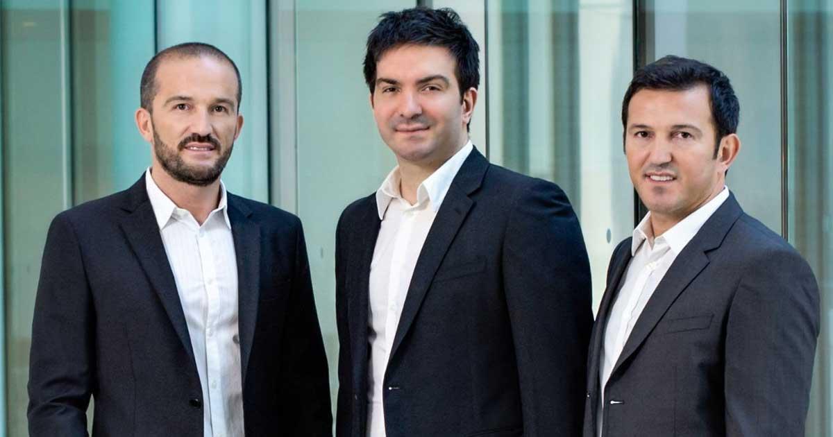 Avni Yerli (rechts) hat Crytek zusammen mit seinen Brüdern Faruk (links) und Cevat Yerli (Mitte) gegründet.