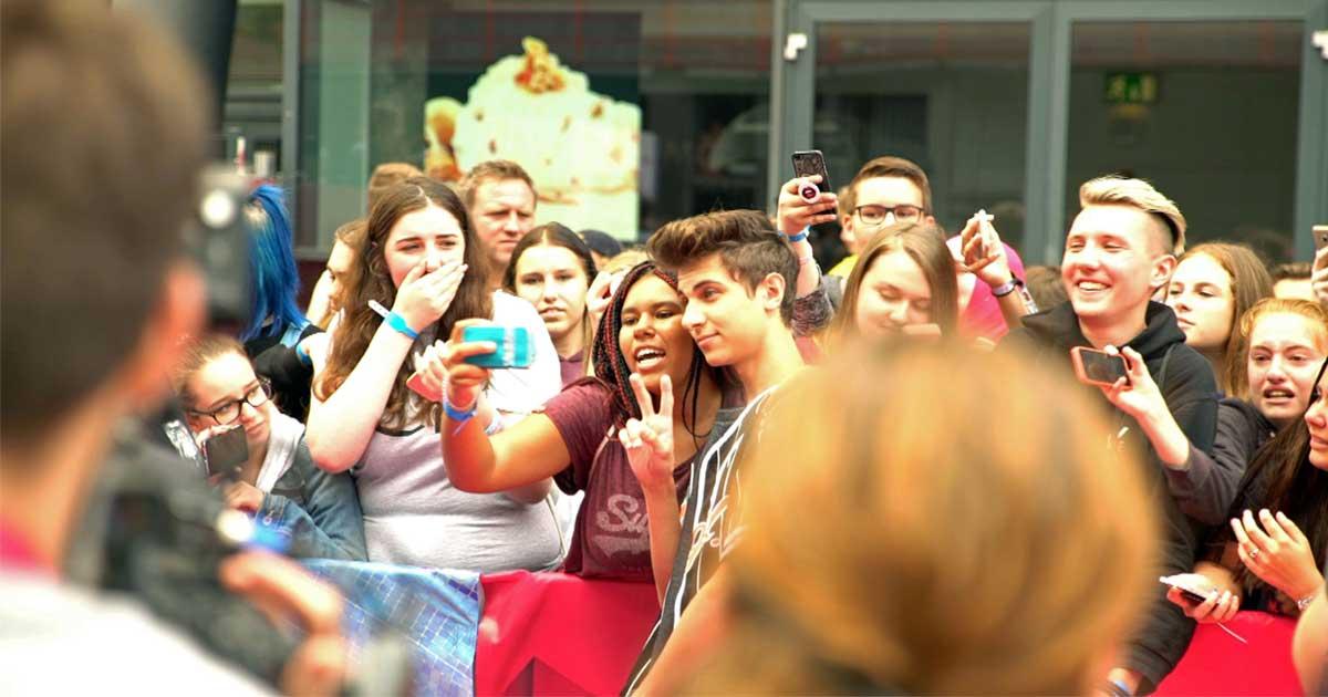 Fast 500.000 Fans folgen Lukas Rieger bei Youtube - hier auf den Videodays in Köln (Foto: ZDF)