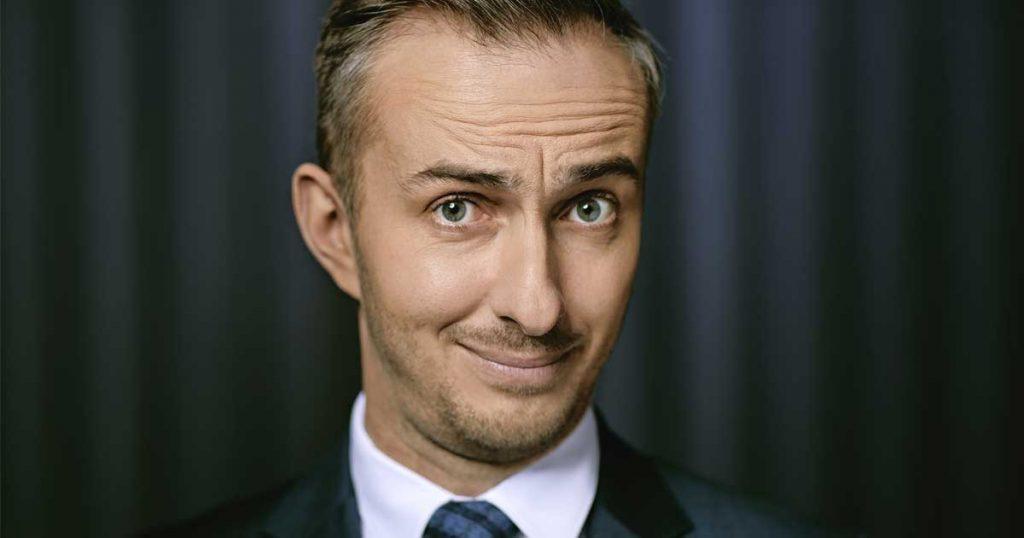 "TV-Satiriker, Musiker, Nebenerwerbs-Letsplayer: ""Neo Magazin Royale""-Moderator Jan Böhmermann (Foto: ZDF/Ben Knabe)"