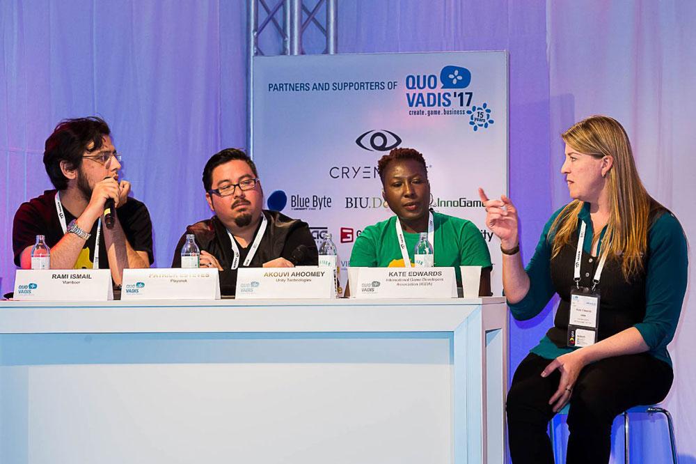 Kate Edwards (rechts) wird auch dieses Jahr wieder als Speaker an der QUO VADIS teilnehmen!