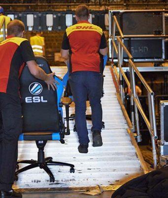 Das Logistikunternehmen DHL wird offizieller Partner der eSport-Turnierserie ESL One (Foto: DHL Group)