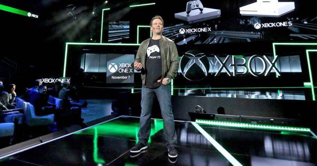 Eines der Highlights der E3 Pressekonferenzen 2018: Xbox-Manager Phil Spencer stellt Hardware- und Spiele-Neuheiten für Xbox und Windows vor.