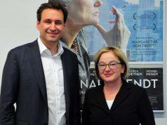 Aufsichtsrats-Chef und Digitalminister Georg Eisenreich (CSU) beruft Dorothee Erpenstein zur neuen Geschäftsführerin des FFF Bayern.
