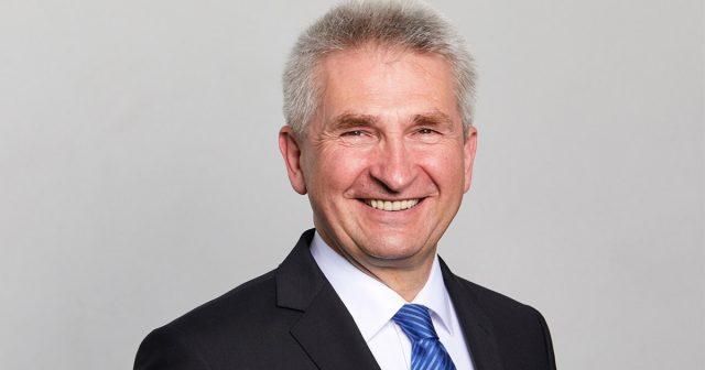 Starthilfe für Gründer: Wirtschaftsminister Andreas Pinkwart (FDP) gibt den Startschuss für das Gründerstipendium.NRW (Foto: MWIDE NRW/F. Wiedemeier)
