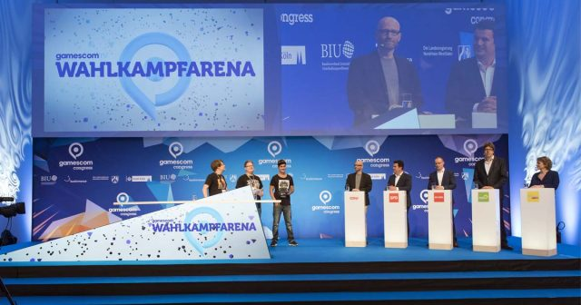 Neuauflage der Talkrunde beim Gamescom Congress 2018: Nicola Beer (FDP), Michael Kellner (Die Grünen) und Peter Smits (Team PietSmiet) treffen beim
