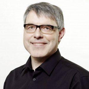 Martin Lorber ist PR-Direktor bei Electronic Arts in Köln.