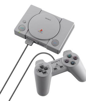 Die PlayStation Classic wird mit Controllern in Originalgröße ausgeliefert (Foto: Sony Interactive)