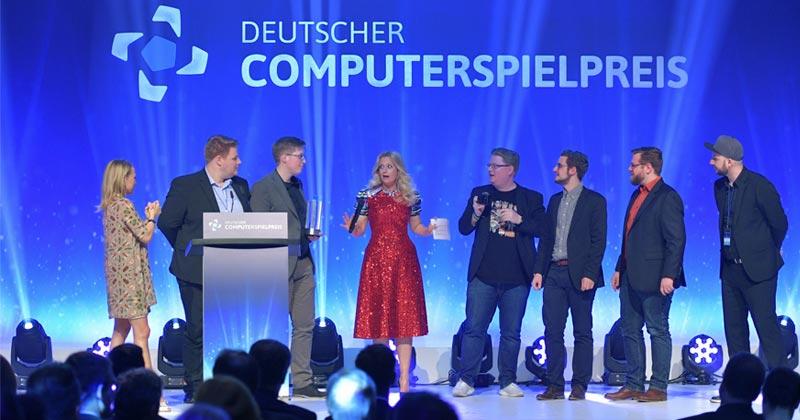Sonderpreis der Jury für die Friendly-Fire-Crew beim Deutschen Computerspielpreis 2018 (Foto: Getty Images / Hannes Magerstaedt für Quinke Networks)