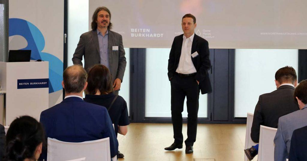 More than just a Game 2018: Die Initiaoren Dr. Gaetano Dimita und Dr. Andreas Lober begrüßen die Gäste (Foto: Beiten Burkhardt)