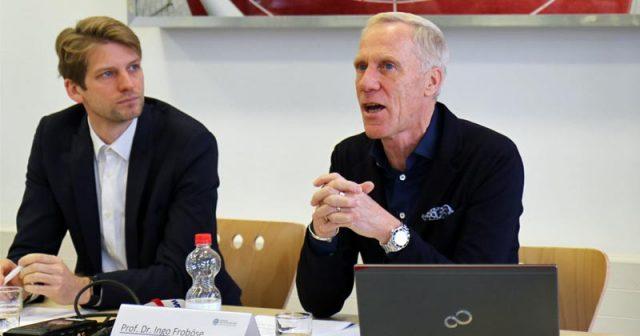 Studienleiter Prof. Ingo Froböse stellt die Ergebnisse der eSport-Studie 2019 vor (Foto: DSHS Köln)