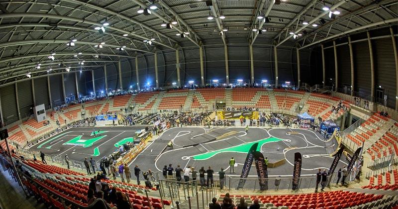 Die Ring-Arena am Nürburgring bietet Platz für bis zu 5.000 eSport-Fans (Foto: Cowana / Thomas Frey)