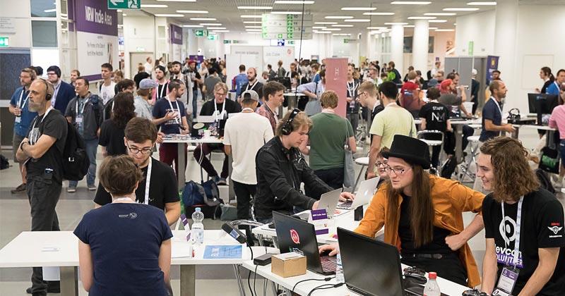 Im Expo-Bereich der Devcom 2019 präsentieren sich Entwickler-Studios und Dienstleister (Foto: VOX / Uwe Völkner)