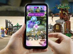 """Spielwaren-Neuheit """"LEGO Hidden Side"""": Das Smartphone erweitert die Spielwelt um virtuelle Figuren, Effekte und Spiel-Elemente (Foto: The LEGO Group)"""
