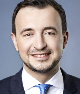 """""""Keine Upload-Filter in Deutschland"""" - das verspricht CDU-Generalsekretär Paul Ziemiak, der am Artikel-13-Kompromiss mitgeschrieben hat (Foto: CDU / Laurence Chaperon)"""