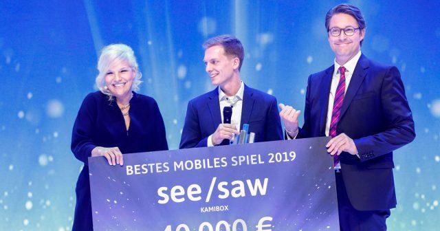 DCP-Moderatorin Ina Müller gemeinsam mit Preisträger Philipp Stollenmayer (