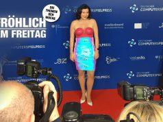 Liebling der Fotografen am Blauen Teppich: Digital-Staatsministerin Dorothee Bär beim DCP 2019 (Foto: GamesWirtschaft)
