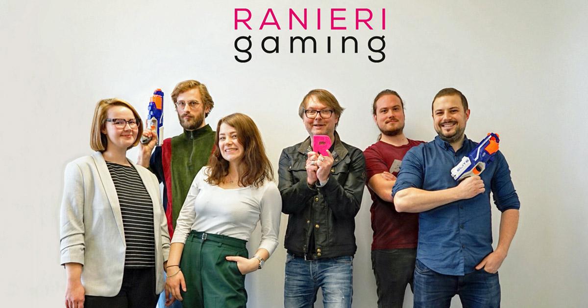 Keine Agentur wäre komplett ohne Nerf-Blaster: Michael Trier (3. von rechts) mit dem Münchener Team von Ranieri Gaming (Foto: Ranieri Agency)