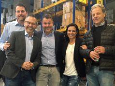 Feierten die Einweihung der Cowana-Zentrale: Marcel Jung und Frank Matzke (beide Zenimax Germany), Michael Wamser und Nadine Wamser (beide Cowana) und Uwe Fürstenberg (F+F Distribution)