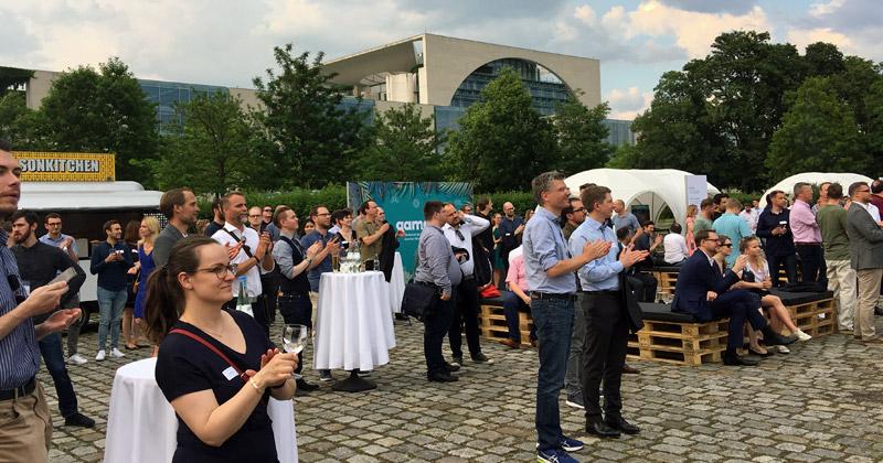 Hunderte Gäste waren der Einladung des Branchenverbands zum Game Sommerfest 2019 gefolgt.