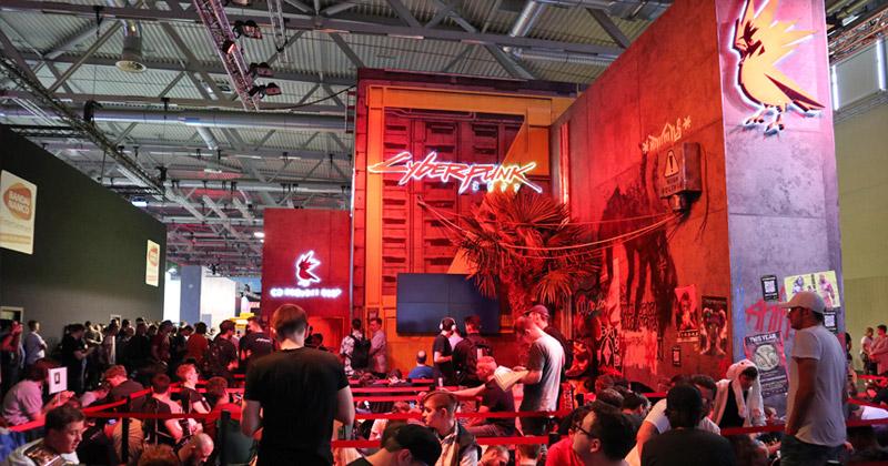 """Vor dem """"Cyberpunk 2077""""-Stand von CD Projekt Red bildeten sich schon nach wenigen Minuten lange Warteschlangen (Foto: GamesWirtschaft)"""