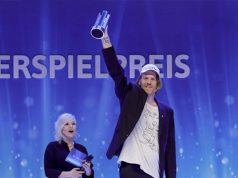 Preisgekrönt: Die Jury würdigt A MAZE-Macher Thorsten Wiedemann mit dem Sonderpreis beim Deutschen Computerspielpreis 2019 (Foto: Isa Foltin / Getty Images for Quinke Networks)