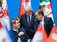 Ministerpräsidenten-Konferenz im März 2019: Bayerns Ministerpräsident Markus Söder (CSU) mit Volker Bouffier (Hessen, CDU) und Armin Laschet (NRW, CDU) - Foto: Bayerische Staatskanzlei