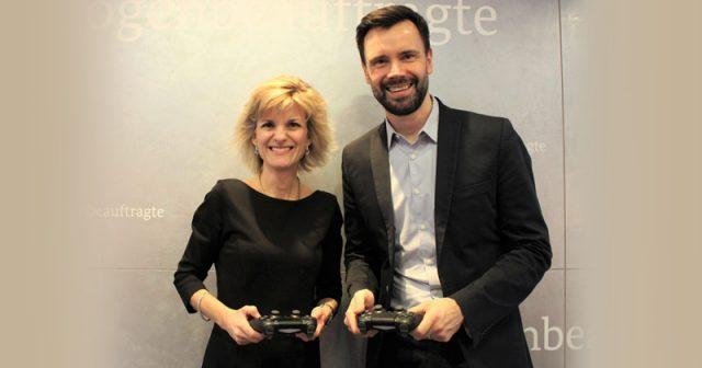 Bundesdrogenbeauftragte Daniela Ludwig (CSU) und Game-Geschäftsführer Felix Falk (Foto: Büro Daniela Ludwig)