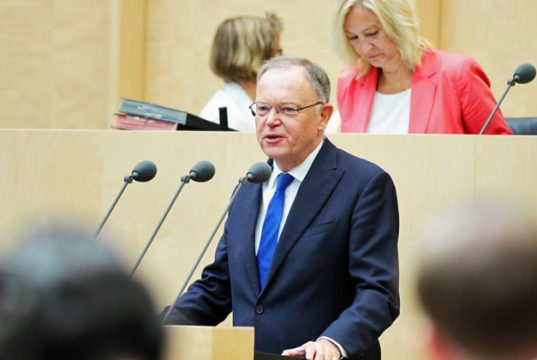 Ausweitung des NetzDG auf Spieleplattformen: Niedersachsen (hier Ministerpräsident Stephan Weil) und Mecklenburg-Vorpommern haben eine Bundesrats-Initiative gestartet (Foto: Bundesrat / Frank Bräuer)