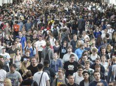 Köln im Gamescom-Fieber: Mit Desinfektionsmitteln und Ärzte-Teams wollen die Veranstalter das Publikum vor dem Coronavirus schützen (Foto: Gamescom 2019 / KoelnMesse / Thomas Klerx)