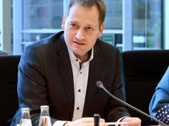 FDP-Politiker Manuel Höferlin ist Vorsitzender des Ausschusses Digitale Agenda (Foto: Deutscher Bundestag / Achim Melde)