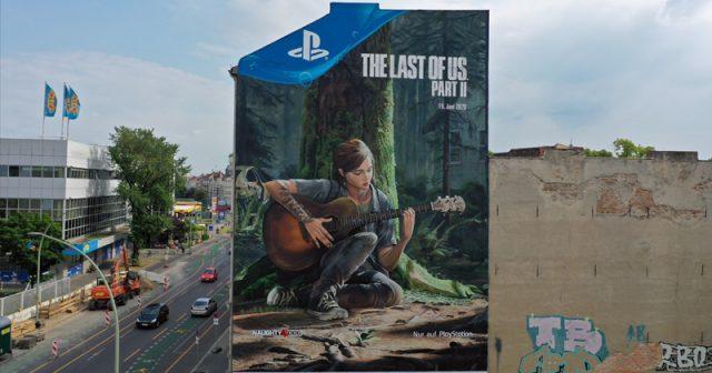 Ellie in XXL: Sony Interactive wirbt für