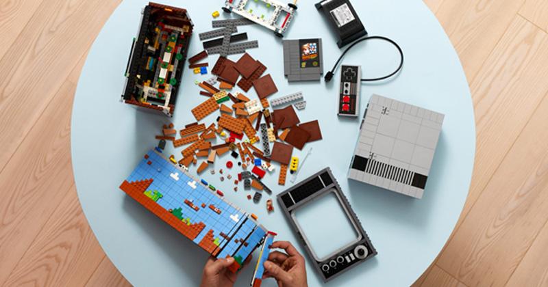 Das LEGO Nintendo Entertainment System besteht aus über 2.600 Teilen (Foto: LEGO)