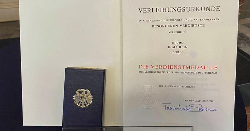 Bundespräsident Frank-Walter Steinmeier hat die Urkunde bereits im November 2019 unterschrieben (Foto: Letsplay4Charity)